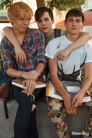 Schoolboy Threesome Alan Davis, Jamie Ray and Devin Lewis ...