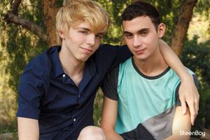 Jamie Ray and David Rhodes 12