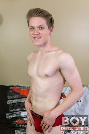 Taylor Tyce tells us a lot about himself before sharing his tight hole and getting splashed with cum! 2