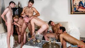 Ethan Duval, Doryann Marguet, Lucas Bouvier, Alexis Tivoli, Enzo Lemercier and Justin Leroy 8