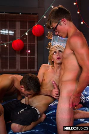 Max Carter, Kyle Ross, Evan Parker, Tyler Hill, Blake Mitchell and Joey Mills 40