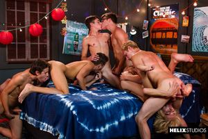 Max Carter, Kyle Ross, Evan Parker, Tyler Hill, Blake Mitchell and Joey Mills 51